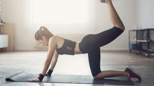 Fortalece tu glúteos haciendo yoga