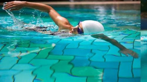 Oye, ¿ haces natación en verano ?
