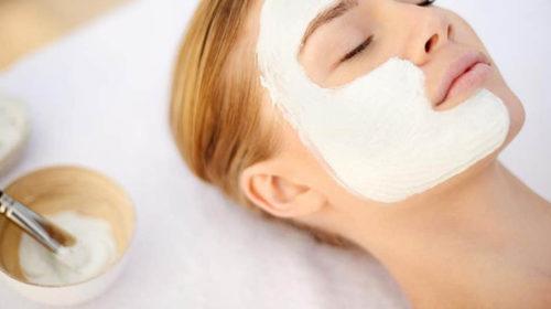 Embellece tu piel con mascarillas de arcilla blanca